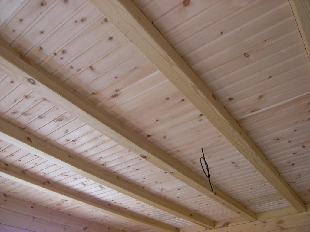 Как отделать потолок в частном доме своими руками