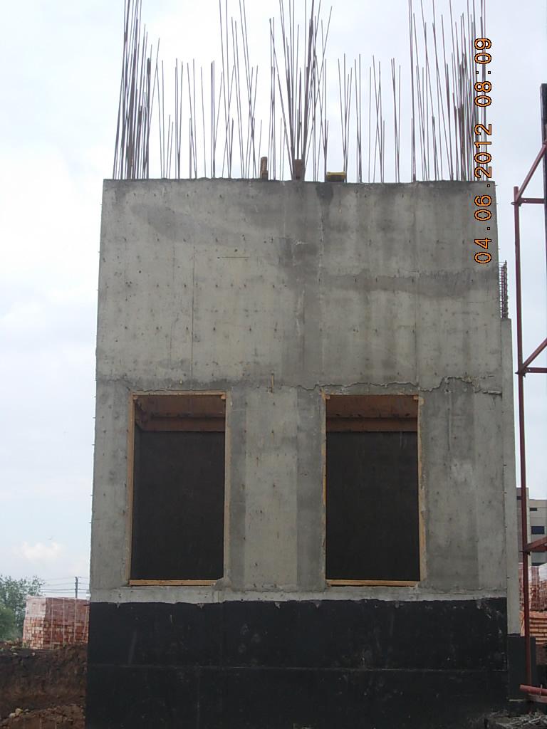 лифтовая шахта (шахта лифта)