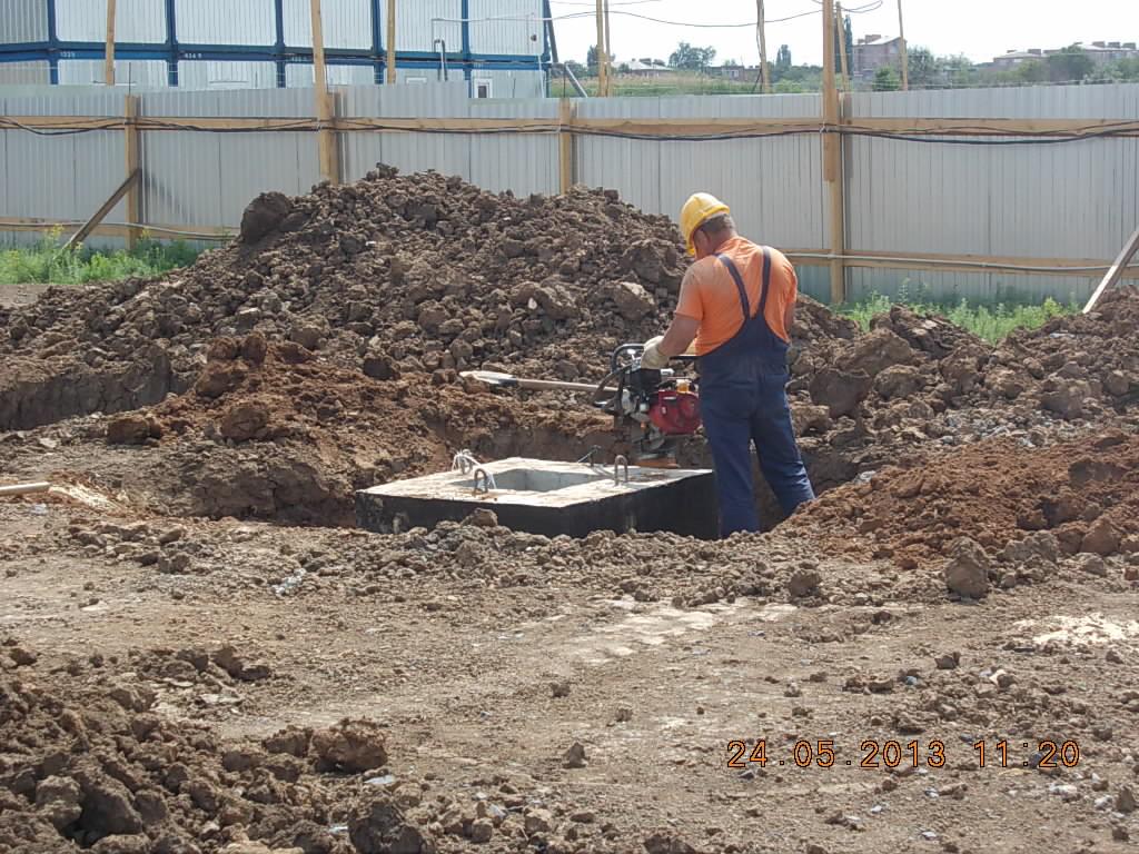 уплотнение песка при обратной засыпке